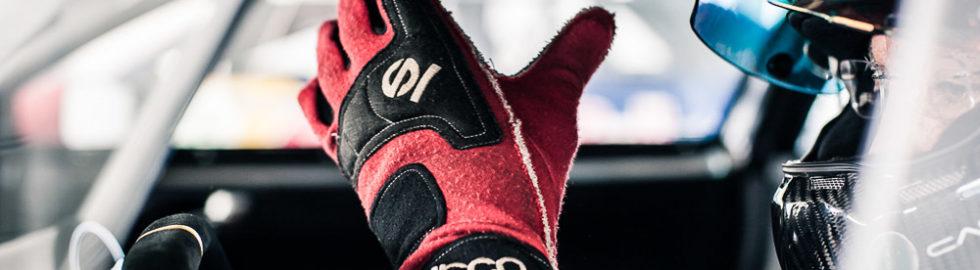 Red Bull Audi DTM-12-©LaRae Lobdell